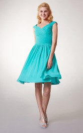 Short Cap Sleeved V-neck Chiffon Dress With Crisscross Ruching