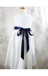 Bateau Sleeveless A-line Pleated Long Dress With Sash and Appliques