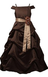 Off-shoulder A-line Ruffled Dress With Bow and Flower