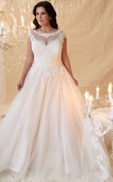 Ball Gown Cap-Sleeve Scoop-Neck Lace&Tulle Plus Size Wedding Dress With Keyhole