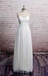 V-Neck Pleated Tulle Dress With Lace Bust and Spaghetti Straps