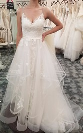 V-neck Tulle Sleeveless Spaghetti Adorable Ruffled Wedding Dress With Floral Appliques