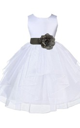 Sleeveless A-line Dress With Flower and Tiers