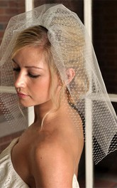 Retro Double-layer Short Bridal Veil with Mesh