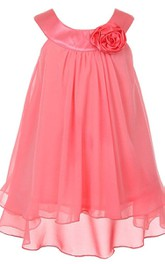 Sleeveless Dress With Pleats and Flower