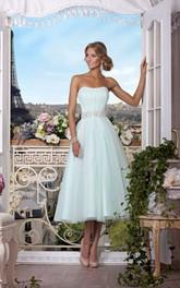 A-Line Tea-Length Strapless Sleeveless Tulle Beading Pleats Zipper Dress