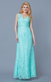 Form Fitted Sleeveless Long Lace Dress With Ruching