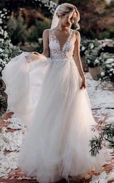 Lace Tulle Floor-length A Line Sleeveless Bohemian Wedding Dress with Flowers