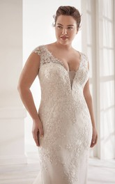Plunging Detachable  Lace Wedding Dress With V-neck Elegant Plus Size Cap Sleeve