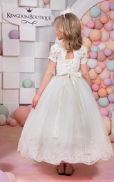 Flower Girl Jewel Neck Tulle Ball Gown With Lace Top