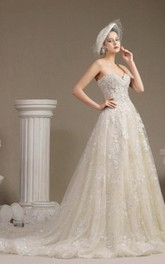 Princess Sweetheart Sleeveless Ballgown Lace Wedding Dress With Boning And Floral Appliques