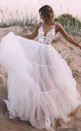 Simple V-neck Lace Tulle Ball Gown Floor-length Sleeveless Wedding Dress with Appliques