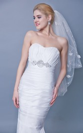 Beaded Trim Mid Veil With Leafs