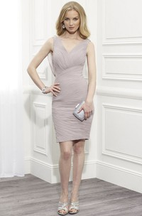 Pencil Ruched V-Neck Sleeveless Chiffon Mother Of The Bride Dress