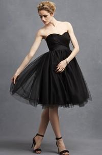 Lovely Short Dress With Crisscross Ruching