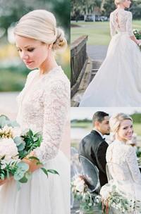 3 4 Long Sleeve Open Back Vintage Lace Pearls V-Neck Wedding Dresses
