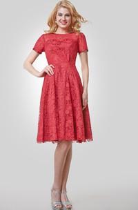 Short Sleeve Knee Length Lace A-Line Dress With Bateau Neck