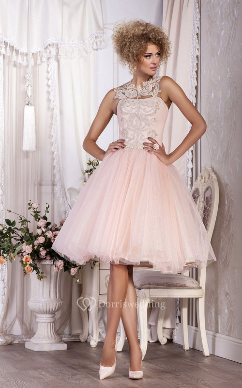 A-Line Knee-Length High-Neck Sleeveless Tulle Pleats Appliques Button Dress
