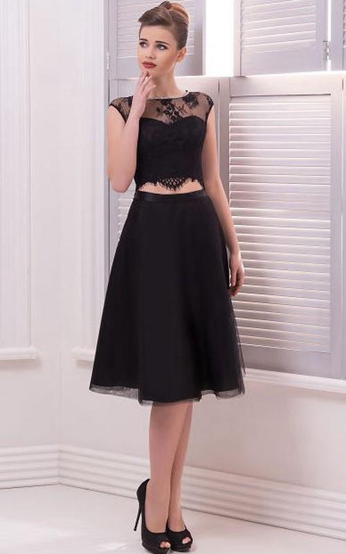 A-Line Knee-Length Bateau Short Sleeve Tulle Lace Pleats Keyhole Dress
