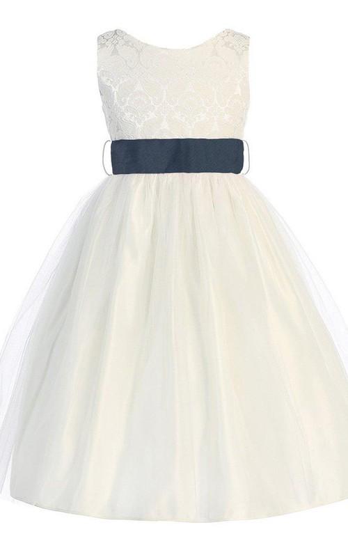 Sleeveless Bateau-neck A-line Dress With Embroidery