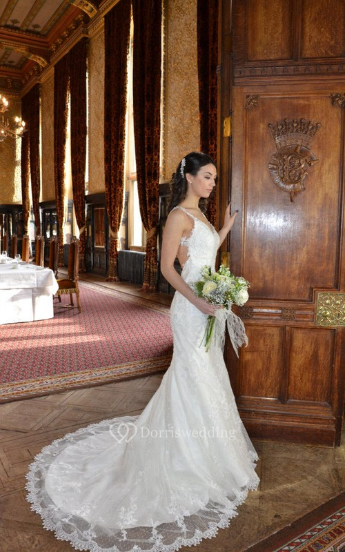 Sassy Backless V-Neck Sleeveless Mermaid Lace Bridal Gown